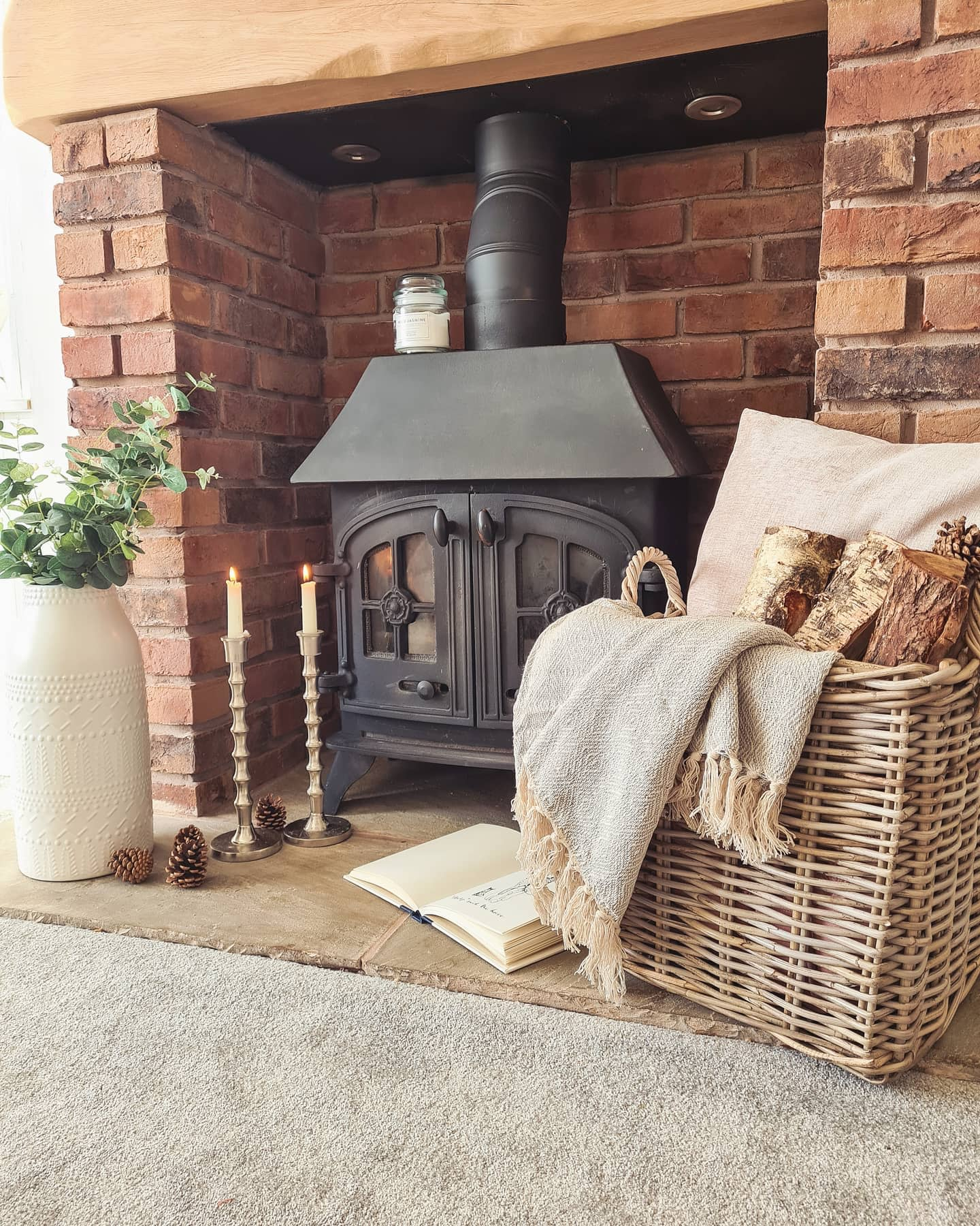 Hearth Fireplace Decor Ideas -my.white.house.by.the.seaside