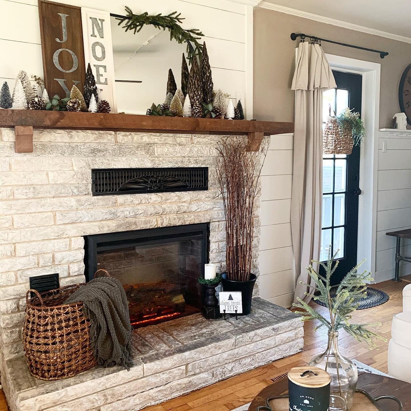 Rustic Fireplace Decor Ideas -the_oldmill_home
