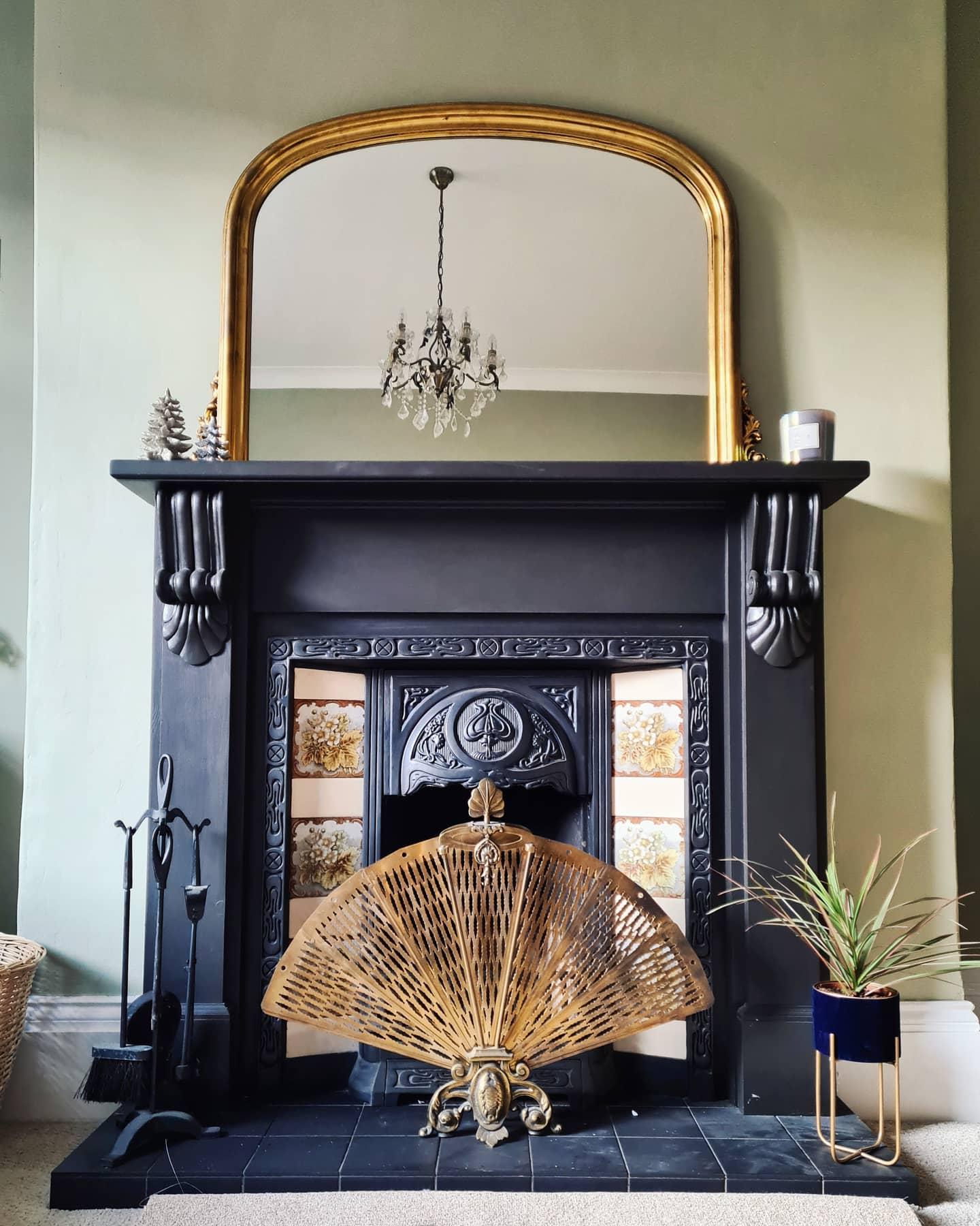 Rustic Fireplace Mantel Ideas -thelittlewhitehouseonthecorner