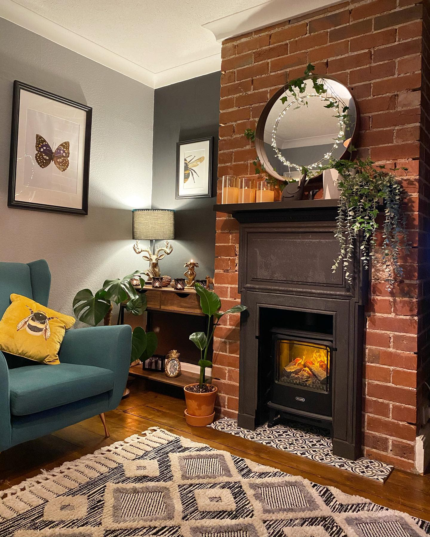 Rustic Fireplace Surround Ideas -hanna_at_36