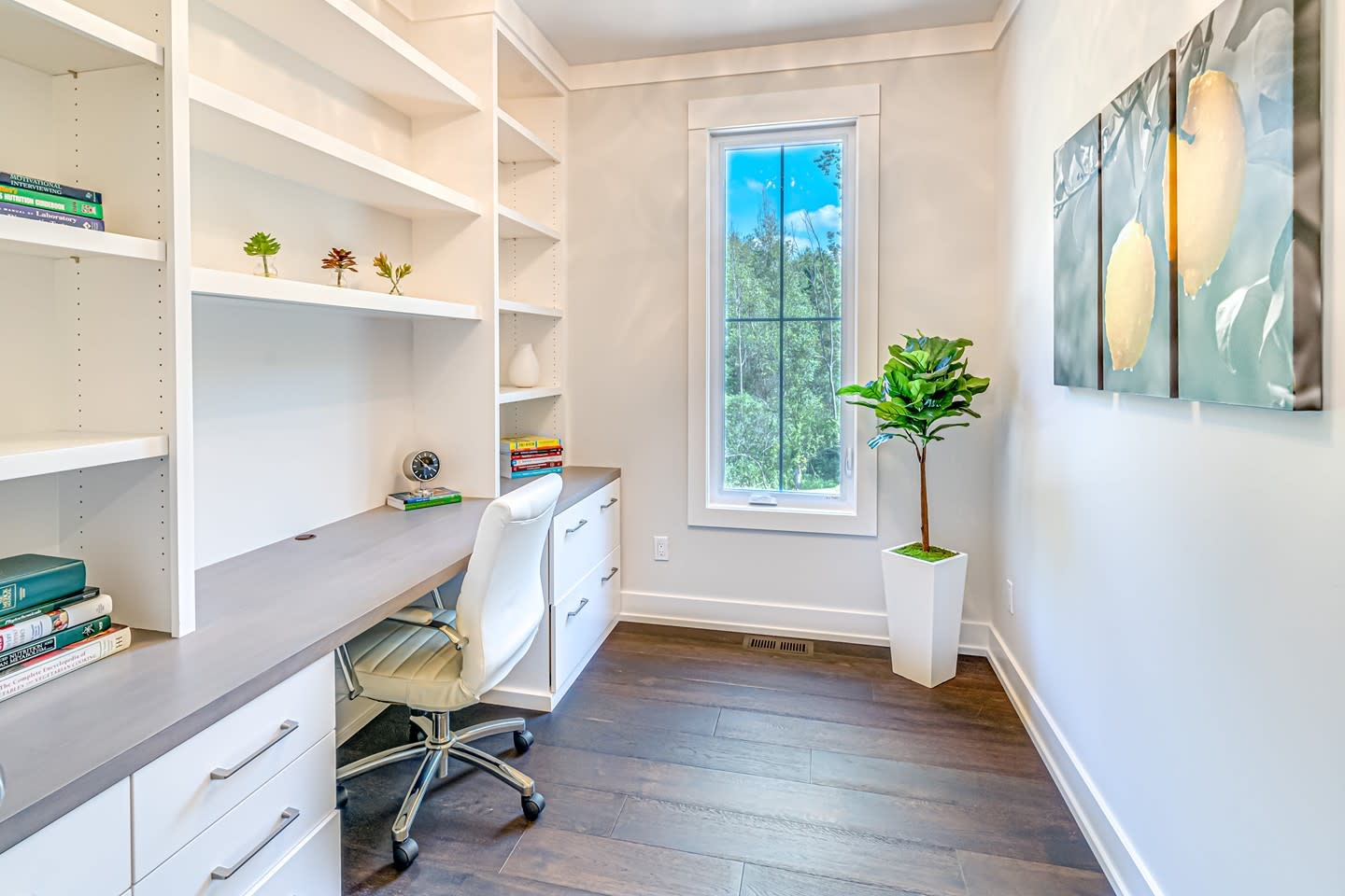 Small Home Office Ideas -engelsmahomes
