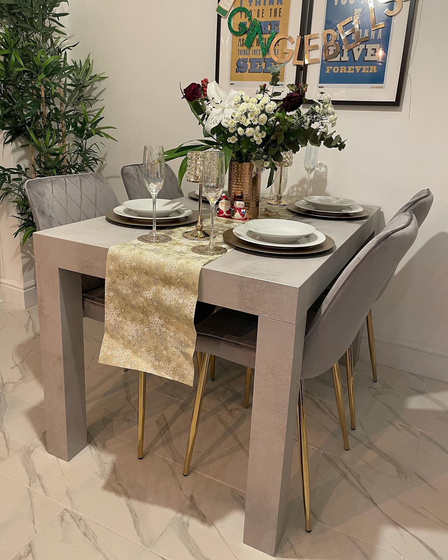 Grey Small Dining Room Ideas -ghhome_