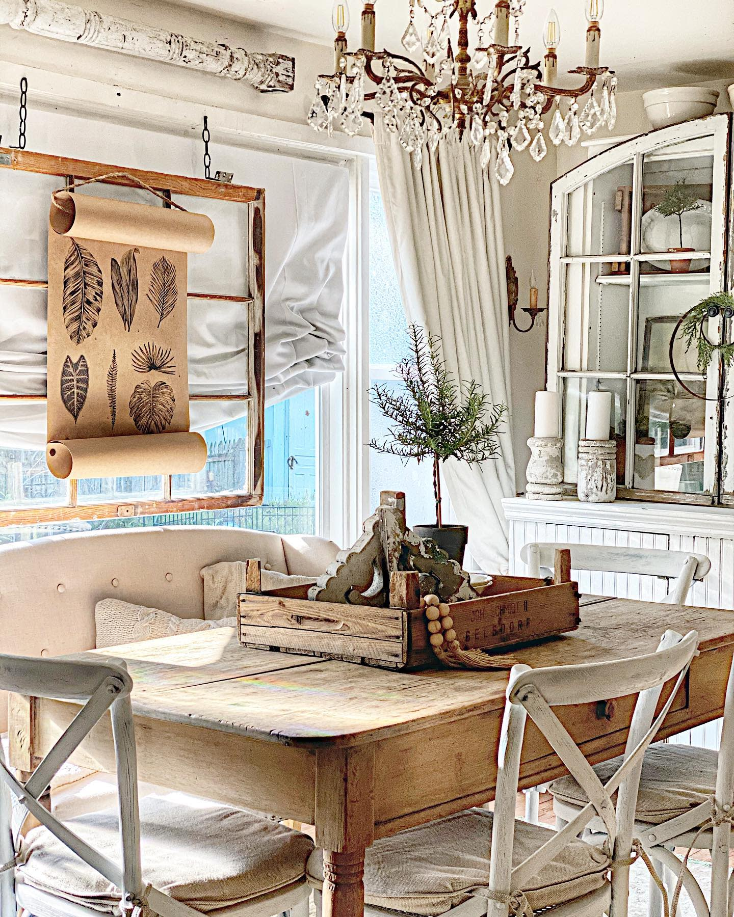 Vintage Small Dining Room Ideas -cottageonmainst