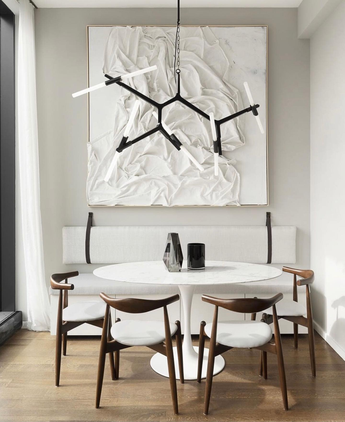 White Small Dining Room Ideas -planionlinedesign