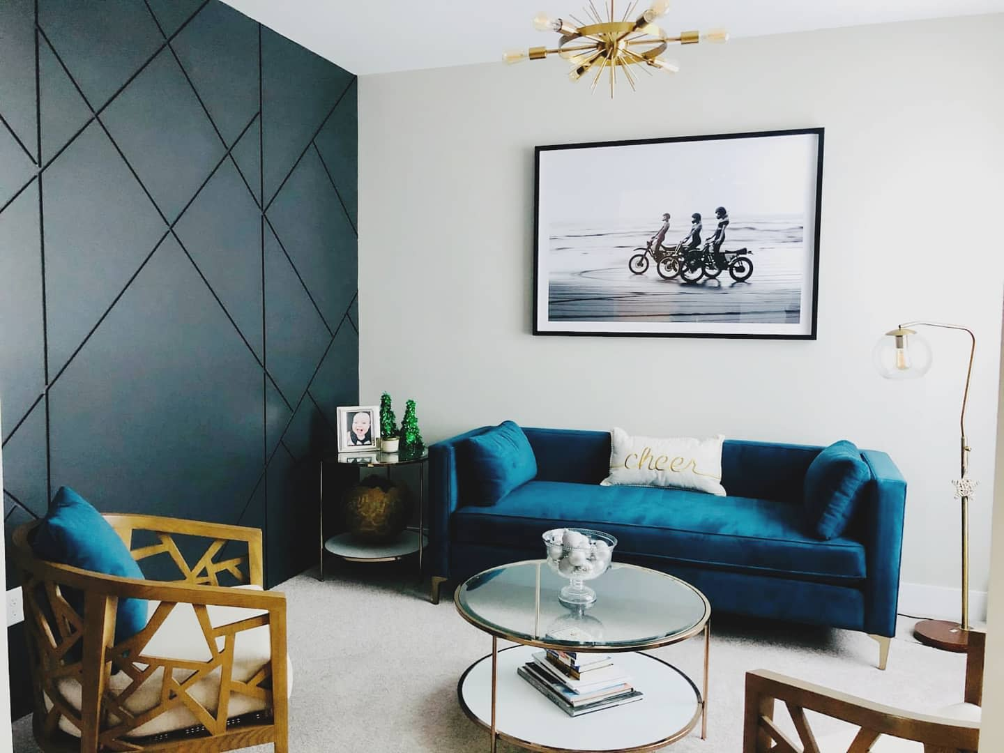 Dark Accent Wall Ideas for Living Room -selhorst_woodworks