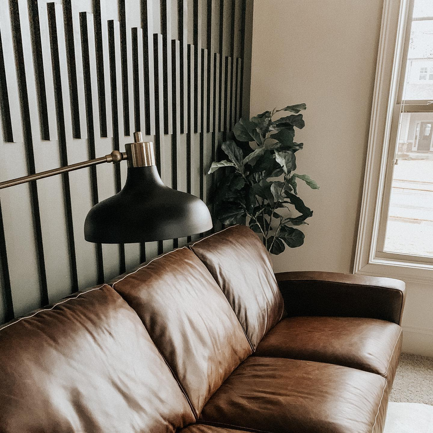 Panelling Accent Wall Ideas for Living Room -lyndsihawkinsdesigns
