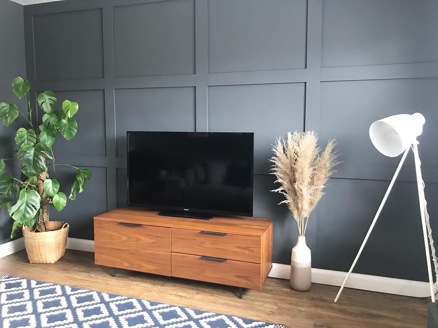 Panelling Accent Wall Ideas for Living Room -thehouseonoxfordstreet