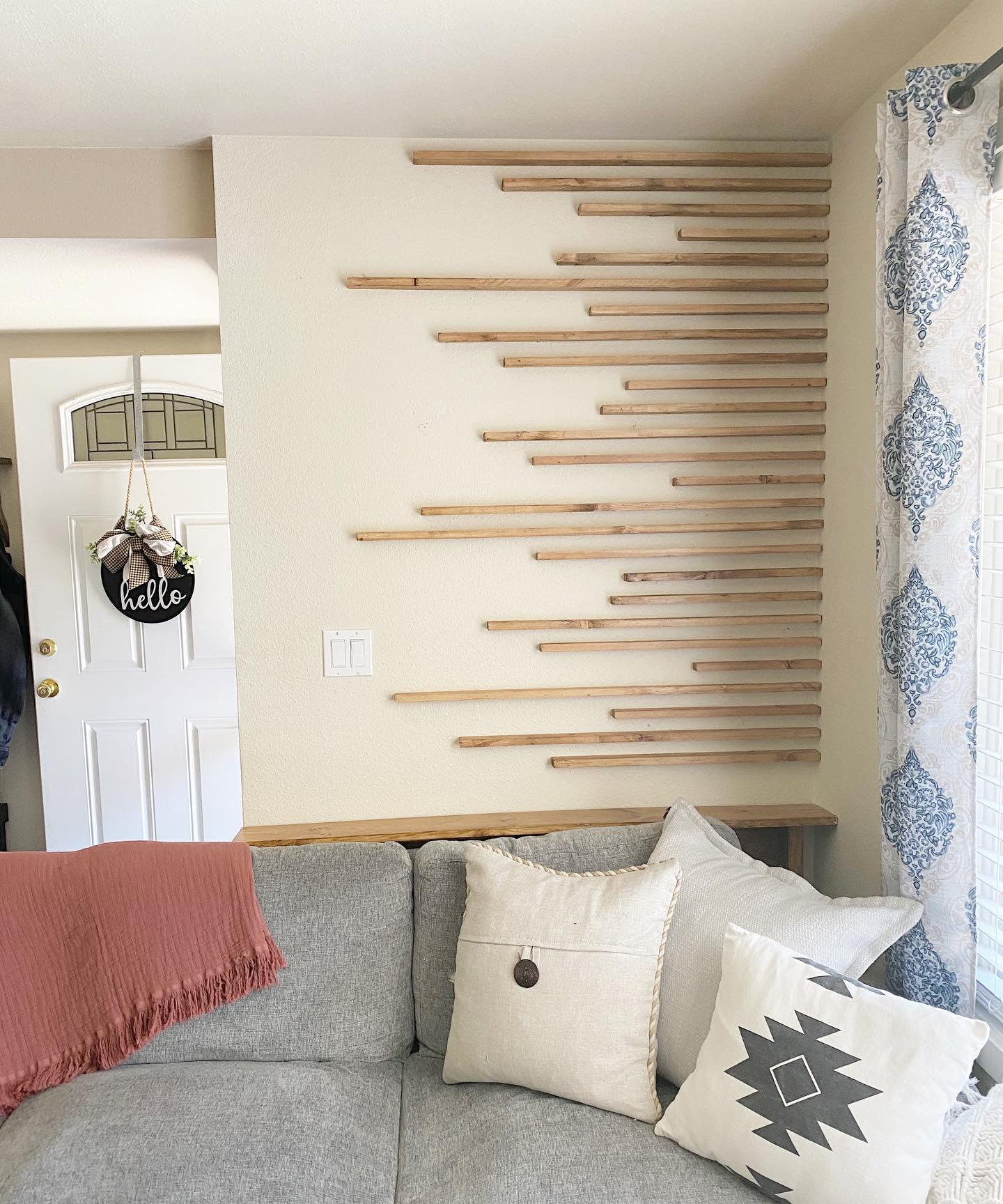 Unique Accent Wall Ideas for Living Room -jesswhite011