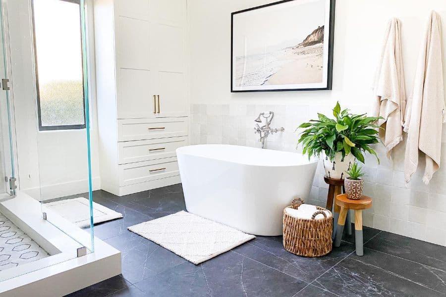 The Top 65 Bathroom Art Ideas