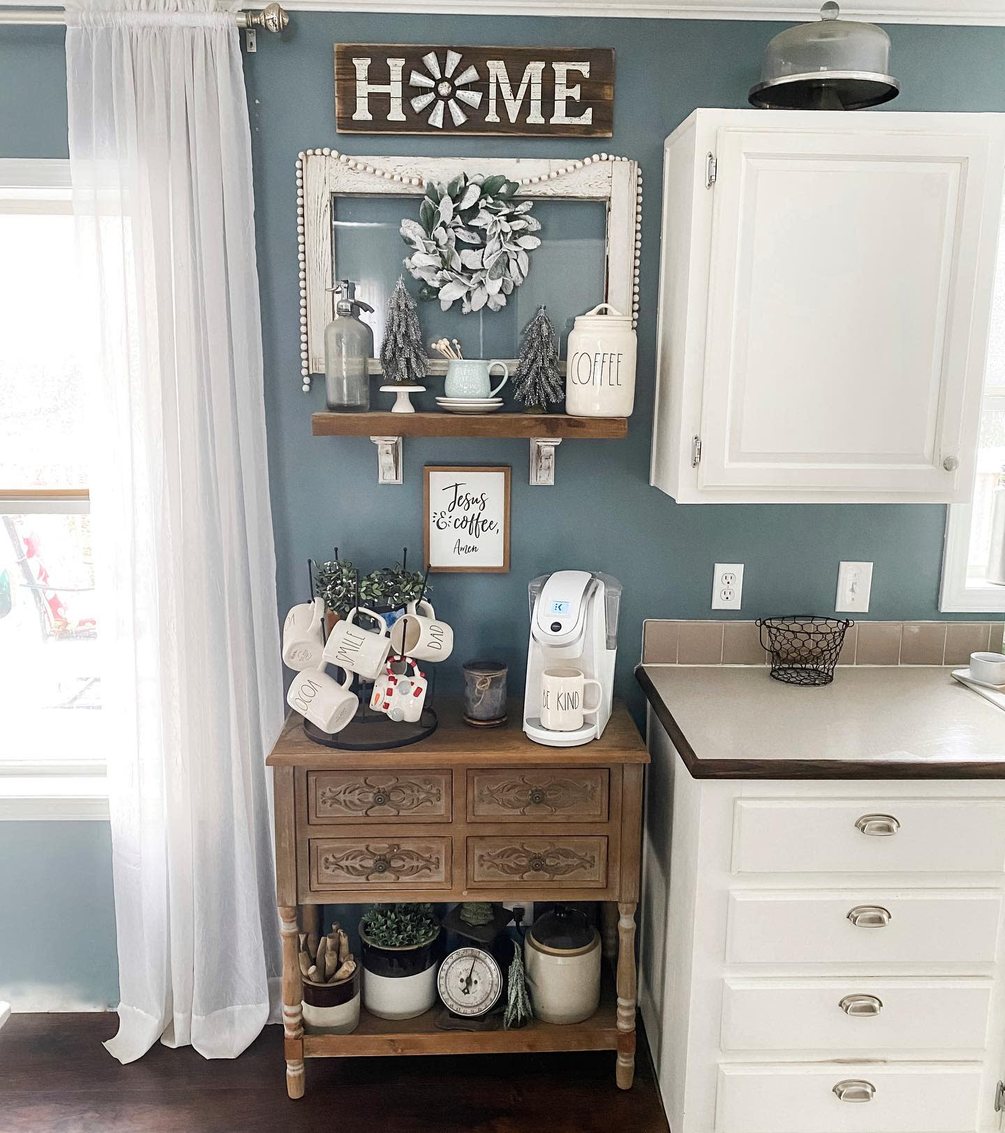 Rustic Coffee Bar Ideas -the_heringer_house