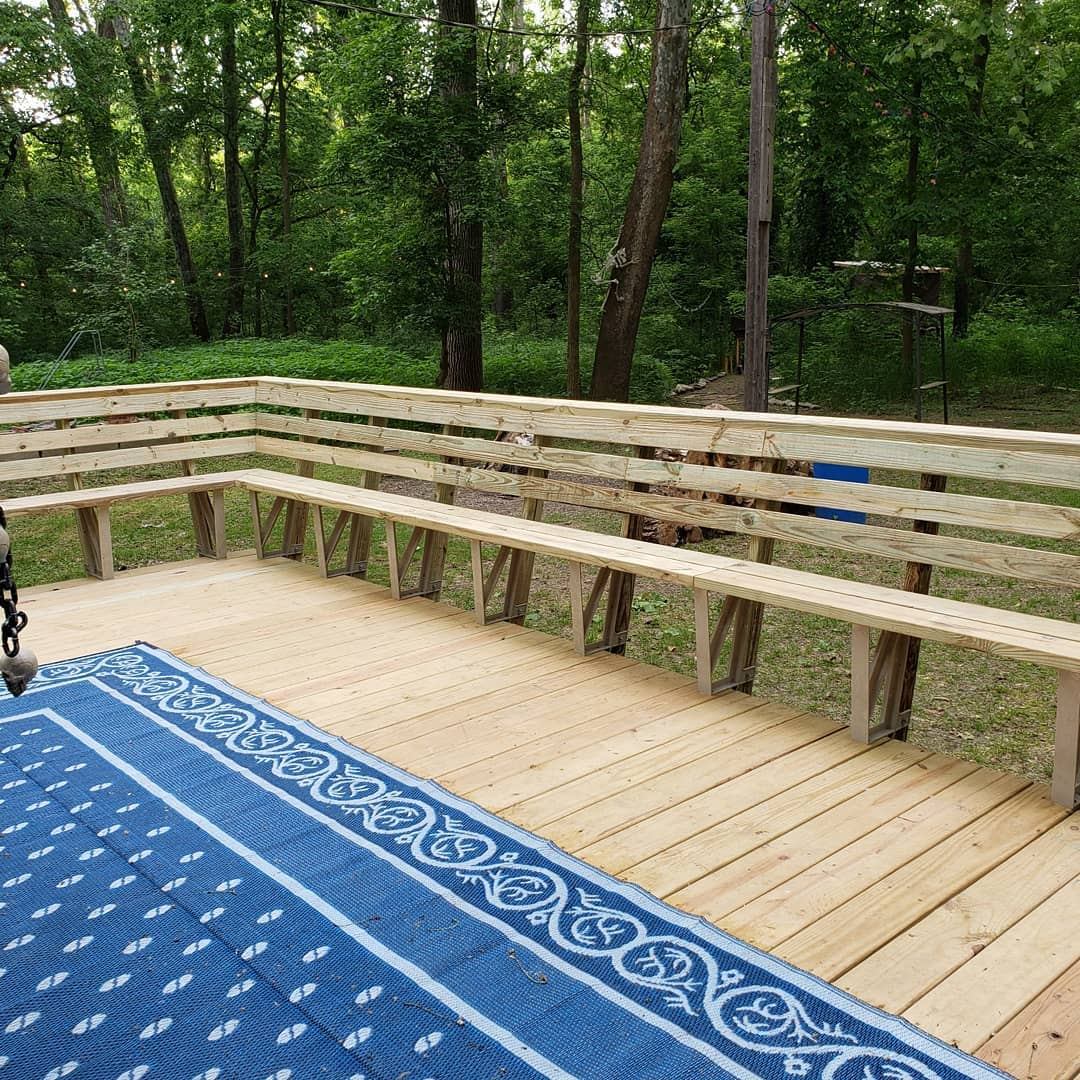 Outdoor Deck Bench Ideas -on_pause10.4