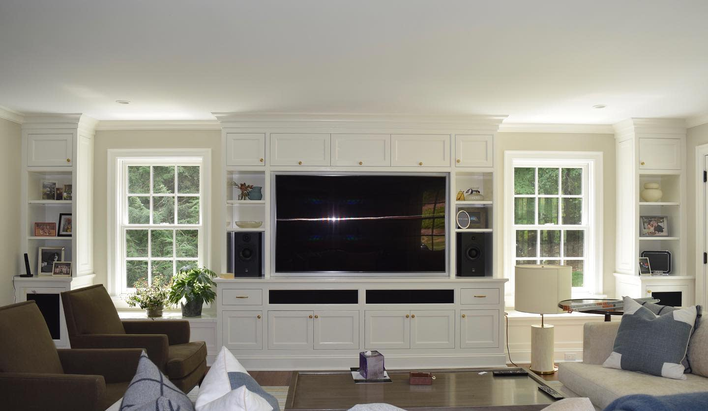 White Living Room Storage Ideas -coralpropainters