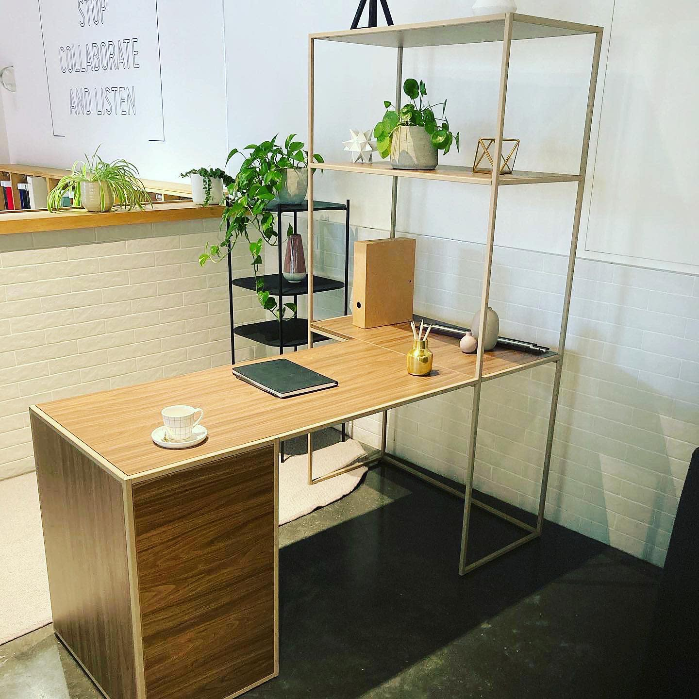 Contemporary Small Office Ideas -hubofficedesign_iankelsey