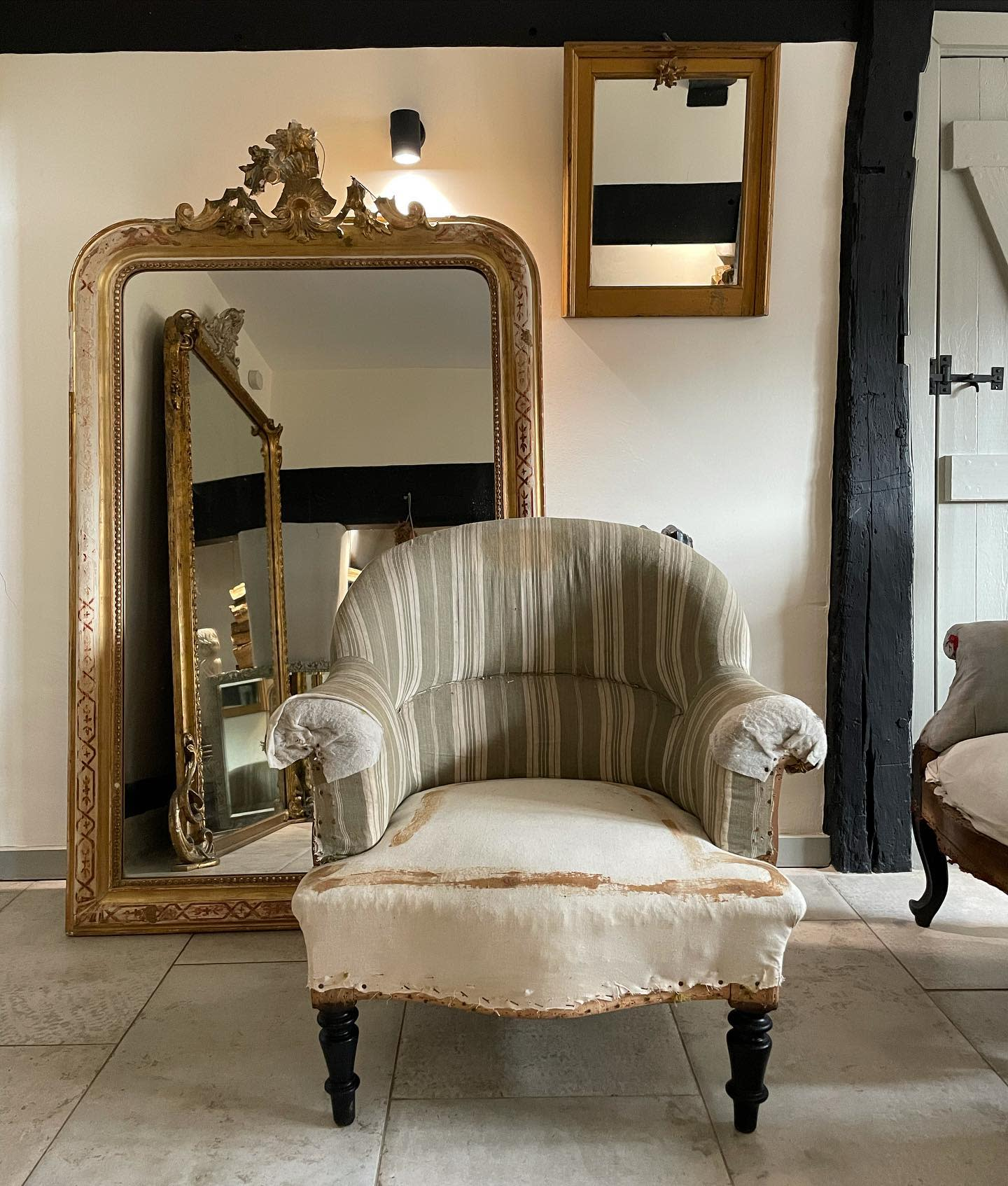 Chair Bedroom Furniture Ideas -ardingly.antiques