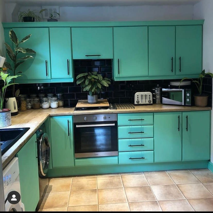 Painted Kitchen Cabinet Ideas -homeatno16