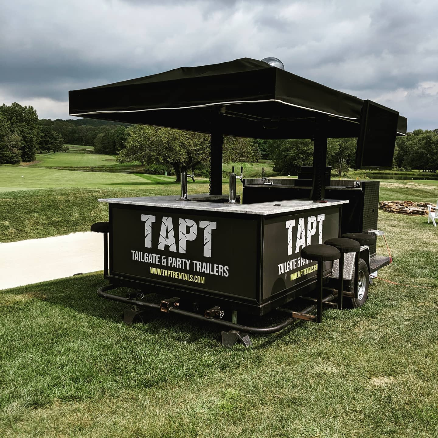 Mobile Outdoor Bar Ideas -taptrentals