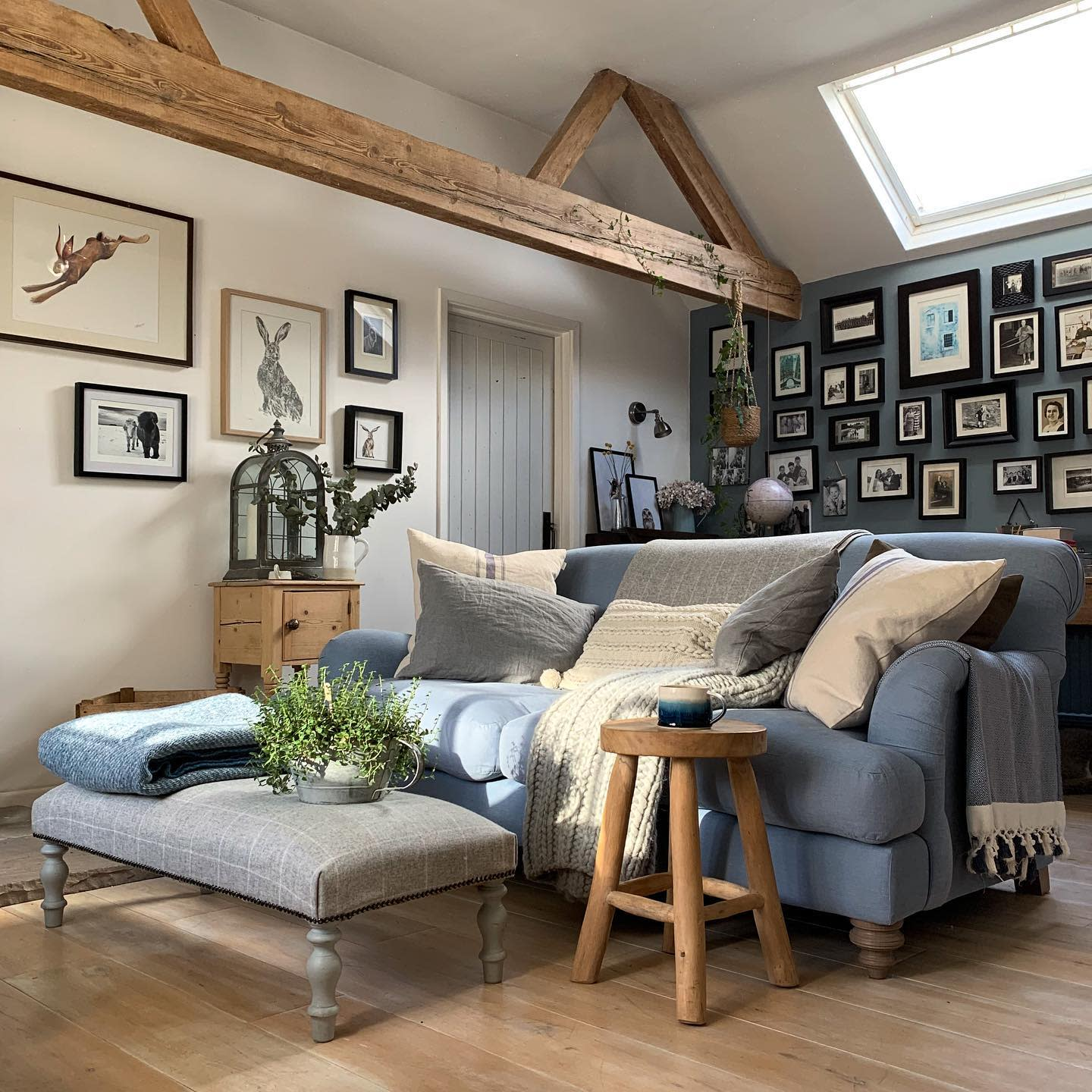Country Rustic Living Room Ideas -myteenytinyhouse