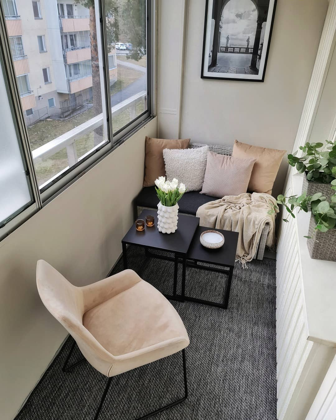 Enclosed Apartment Balcony Ideas -interior.by.d