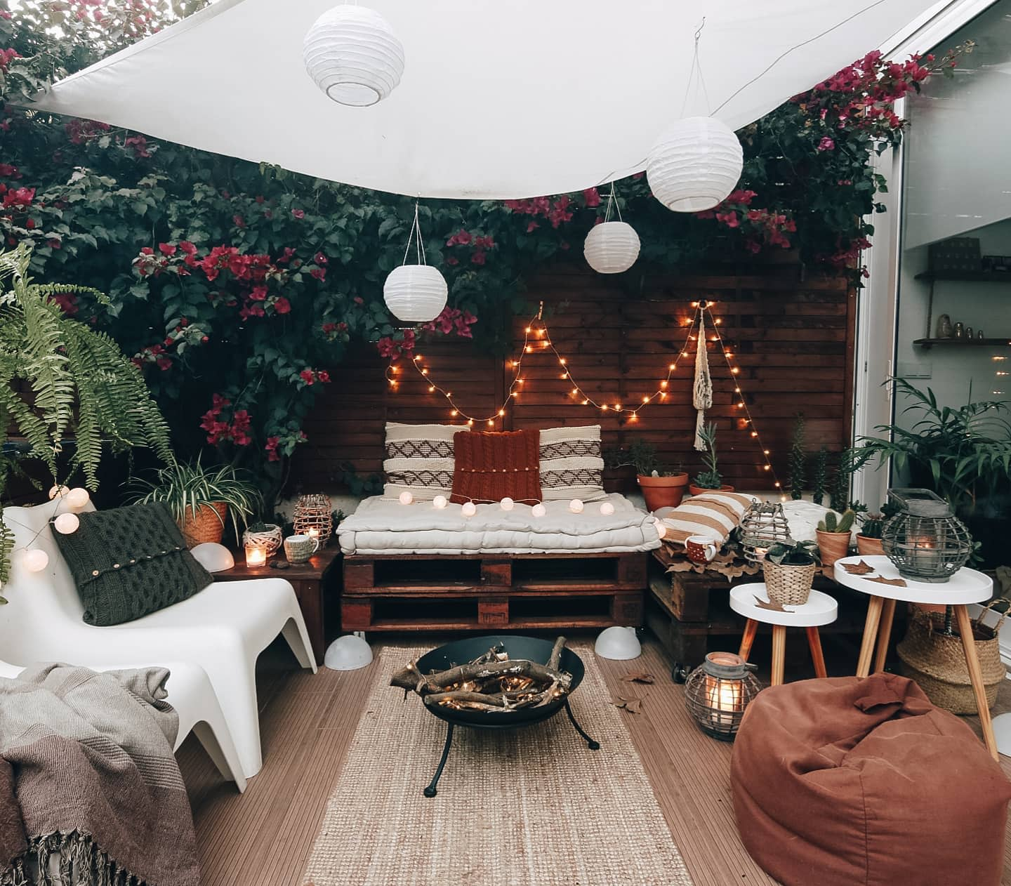 Wooden Apartment Patio Ideas -the_catcave_homeproject