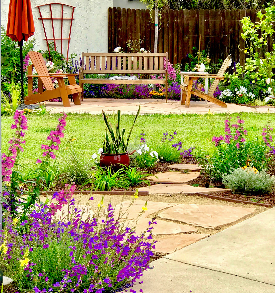 Gardening Backyard Landscaping Ideas on a Budget -floral_palace