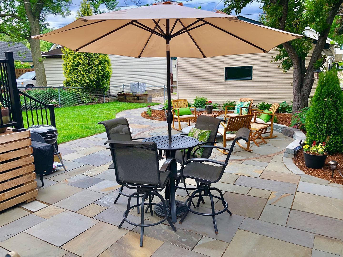 Patio Backyard Landscaping Ideas on a Budget -stonearchlandscapes