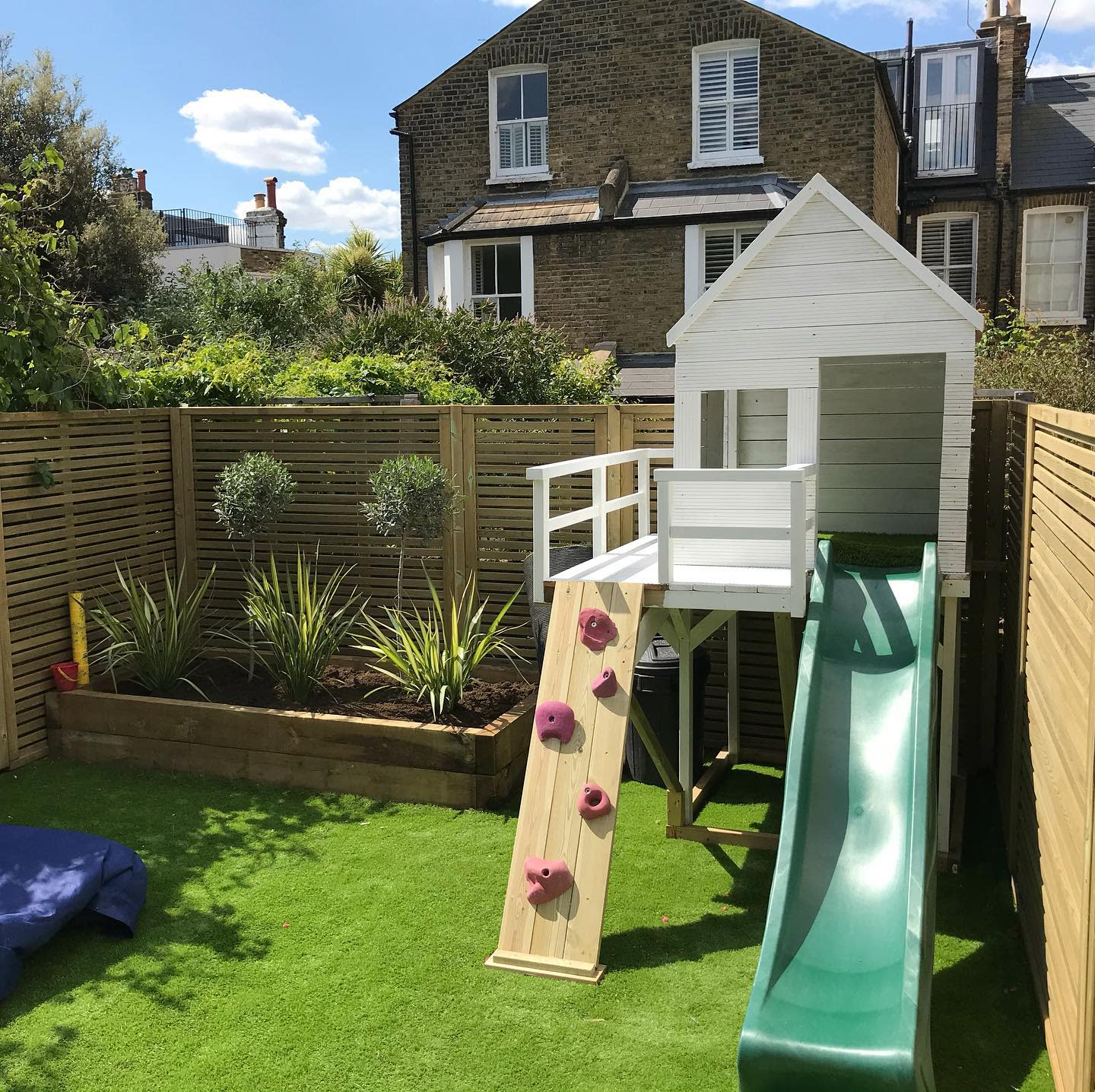 Small Backyard Landscaping Ideas on a Budget 2 -culverlandscaping