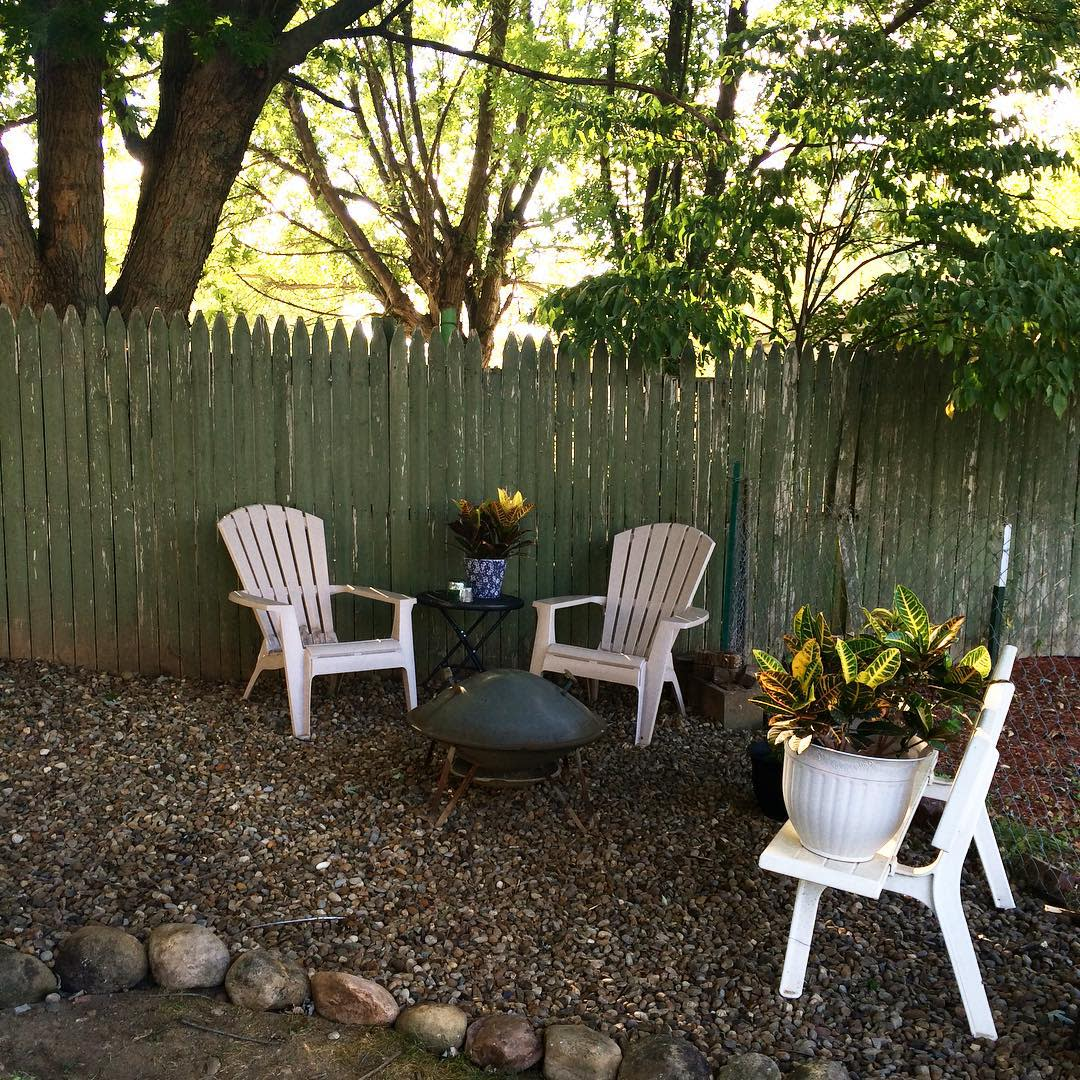 Inexpensive Backyard Privacy Ideas -fengshui.kate