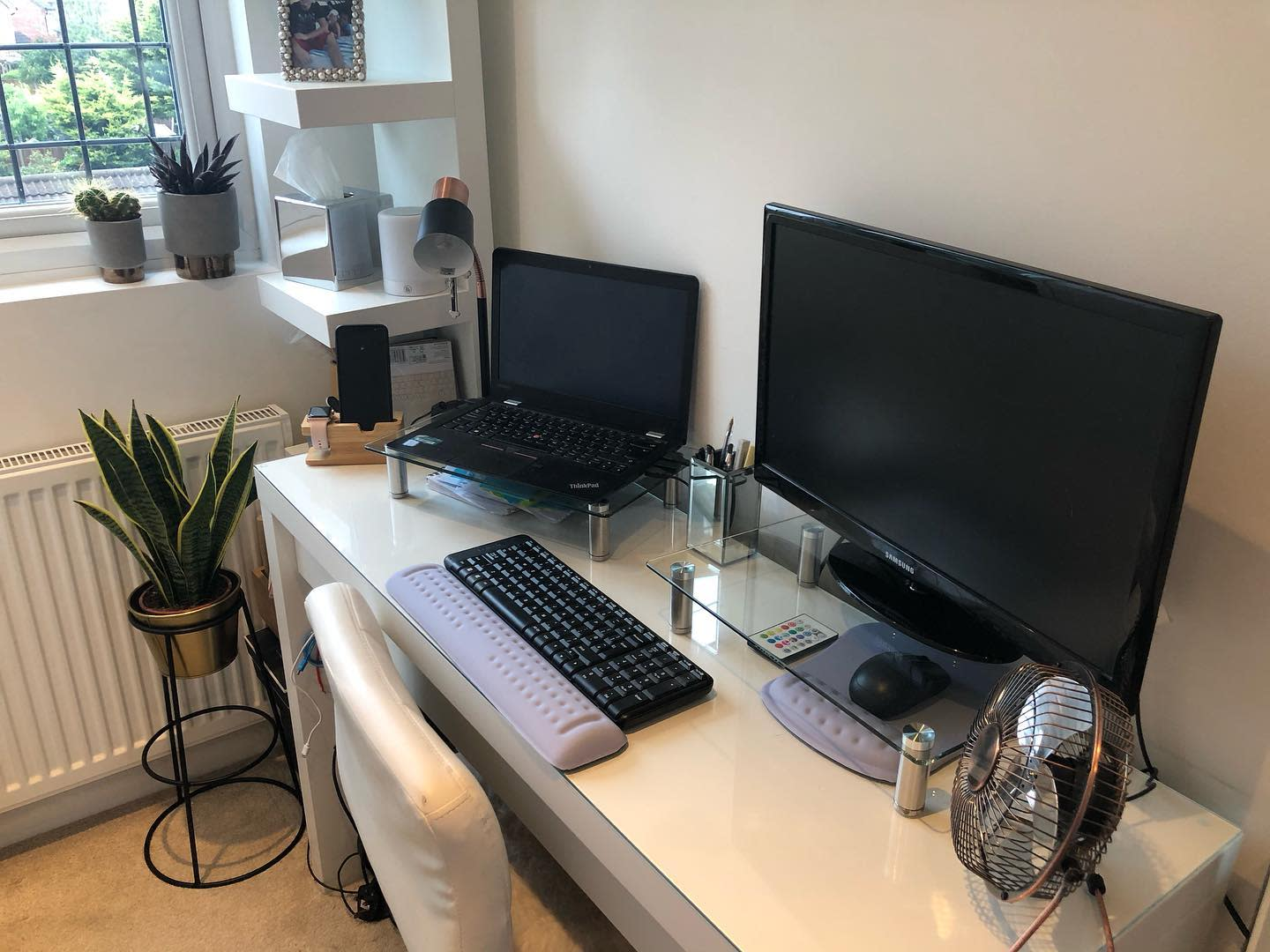 Computer Home Office Desk Ideas -london_flat_to_essex_house