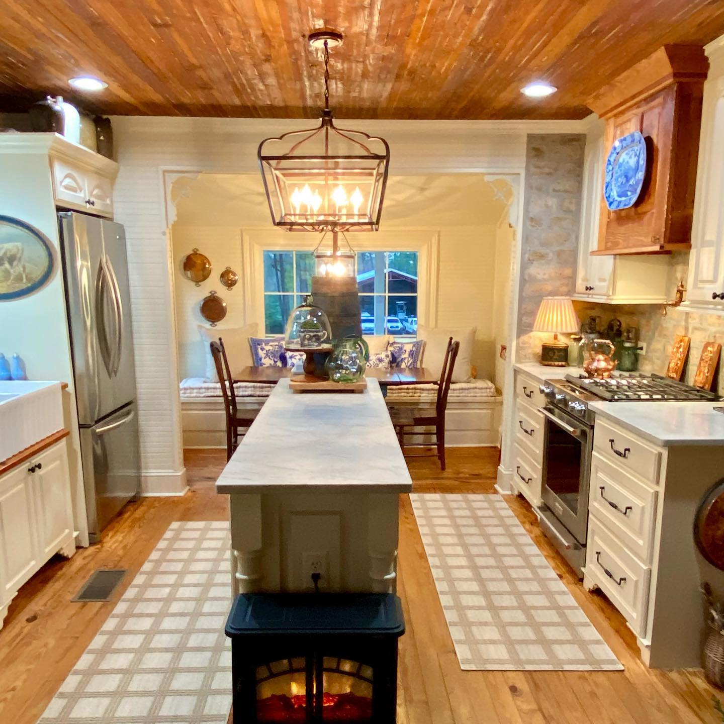 Beadboard Kitchen Ceiling Ideas -thecharminghare