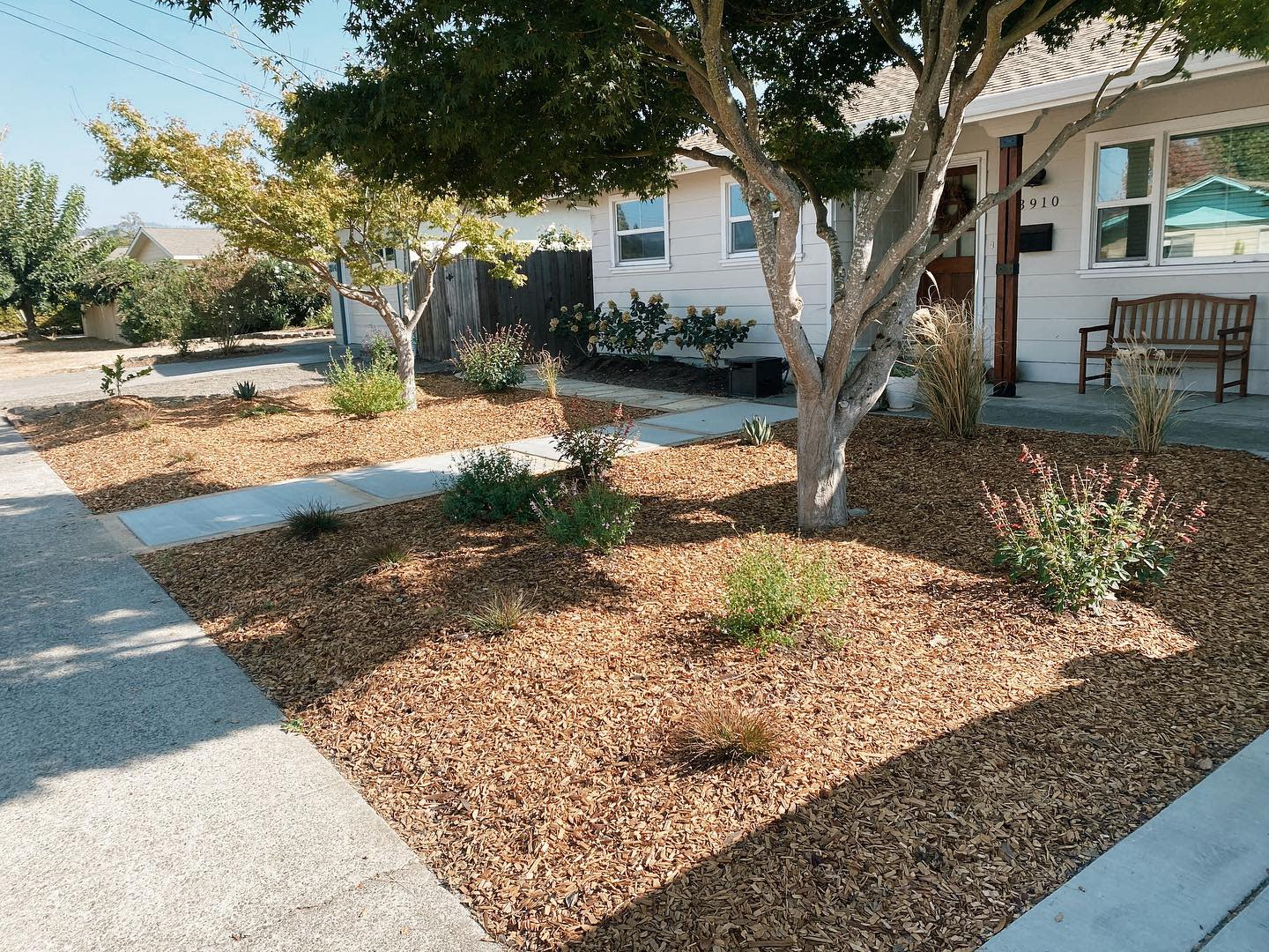 DIY Landscaping Ideas -oursixtieshouse