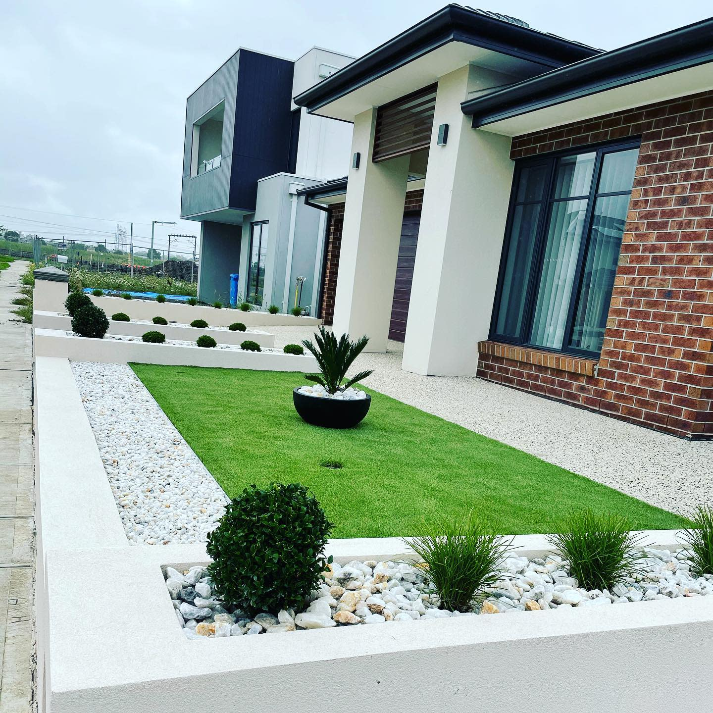 Frontyard Landscaping Ideas -our_hastings_2020