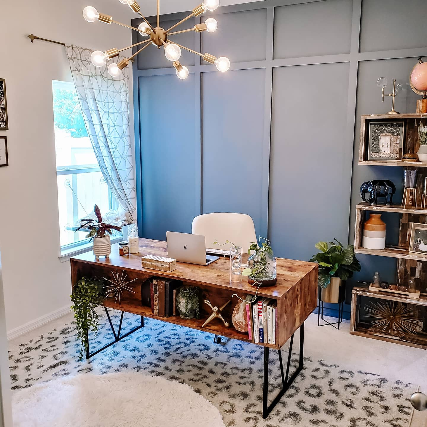Chic Modern Home Office Ideas -athome_withchelsea