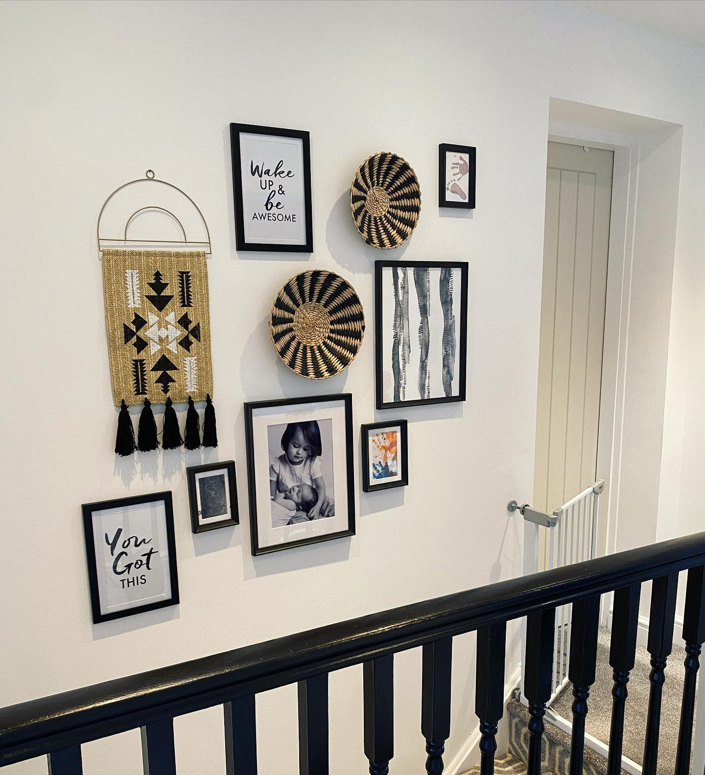 Decor Wall Collage Ideas -the_modern_black_home