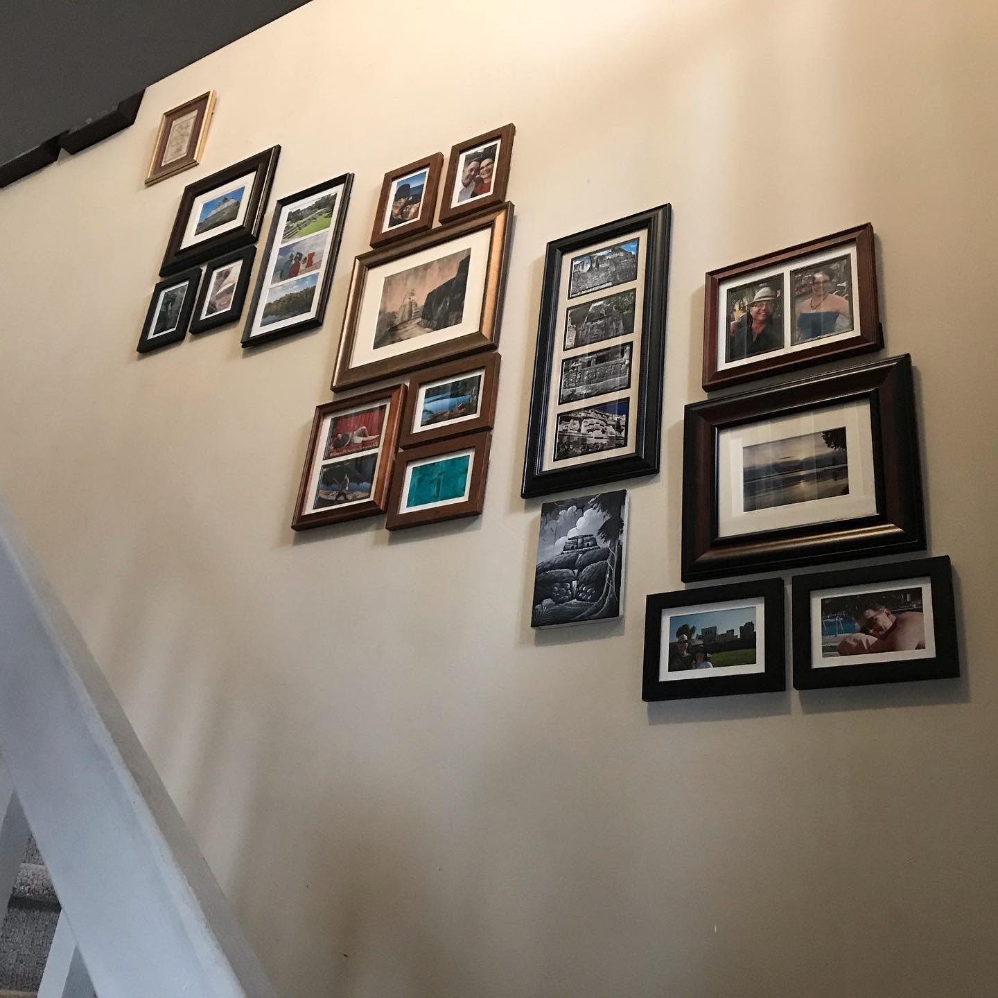 Frame Wall Collage Ideas -lesley.racicot