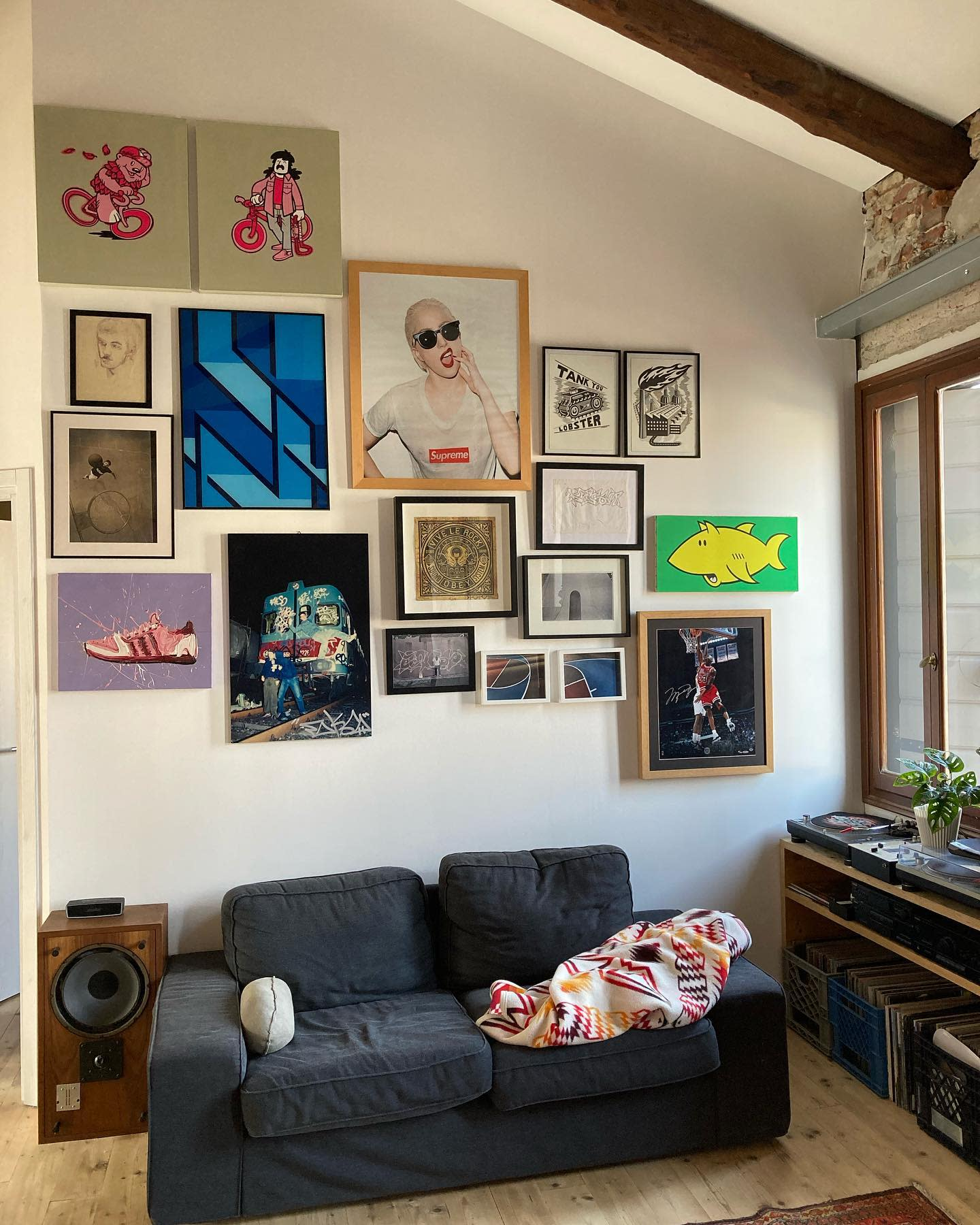 Gallery Wall Collage Ideas -jeppycash